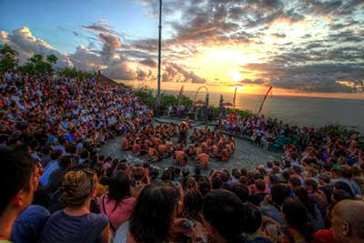 Show & Performance - Kecak Dance in Uluwatu